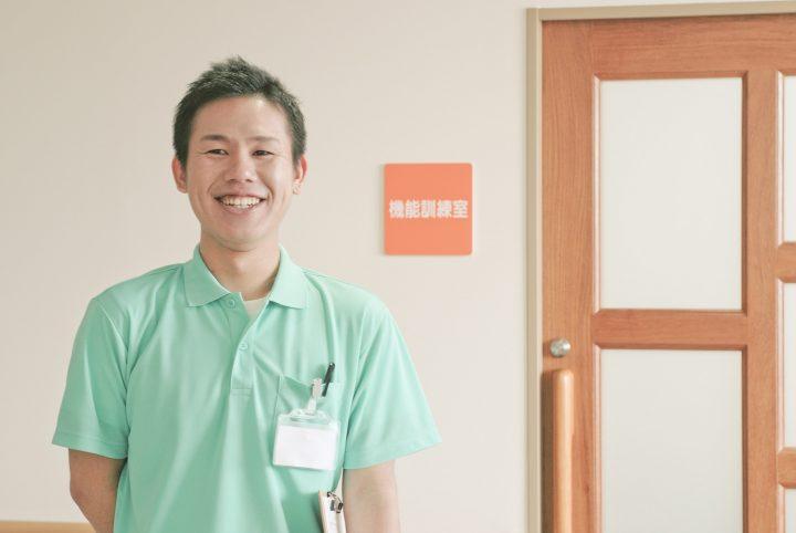 介護施設 理学療法士