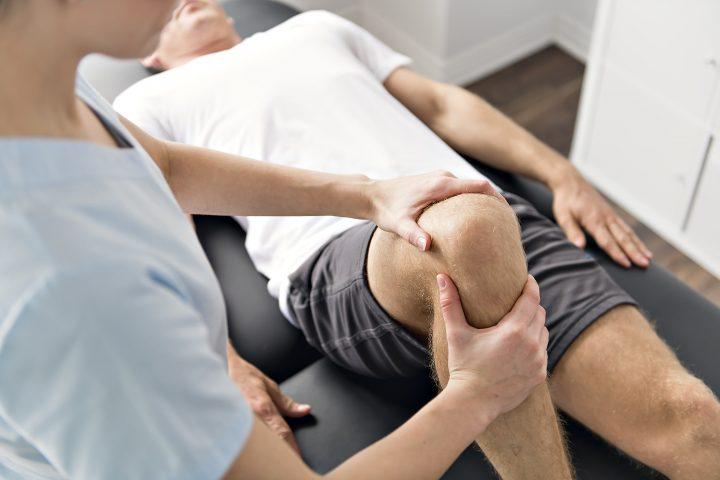 理学療法士 膝