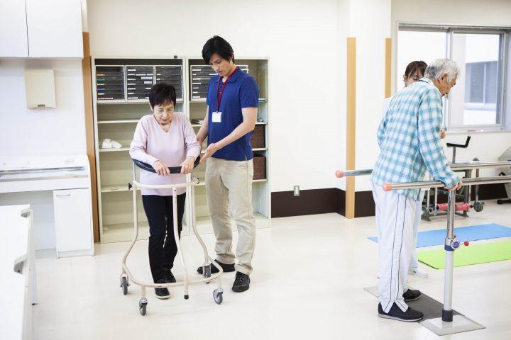 松葉杖 理学療法士
